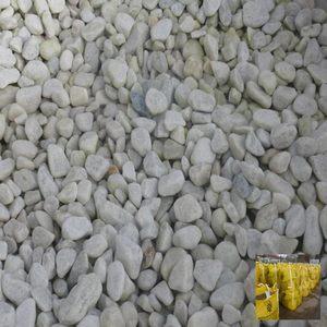 bulk-bag-of-20mm-limestone-image2.jpg