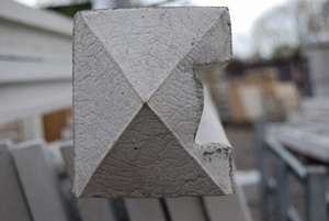 concrete-slotted-end-post-5-9-ref-pste1725.jpg