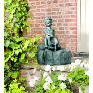 Gardman Boy On Well Water Feature 19068