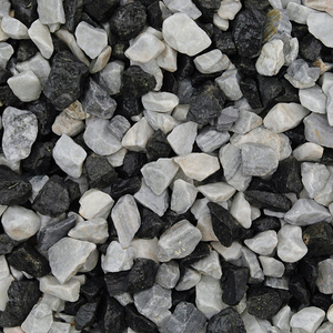 long-rake-spar-black-ice-10-20mm-decorative-aggregate-20kg-bag-70-no-per-pallet