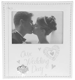 modern-hearts-wedding-photo-frame-70504.jpg