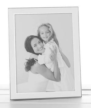 plain-white-silver-promo-frame-6x8-79368.jpg