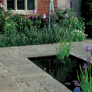 vintage-stone-raven-paving-285x285mm-1