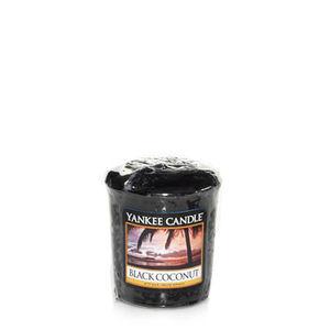 Yankee Black Coconut Votive