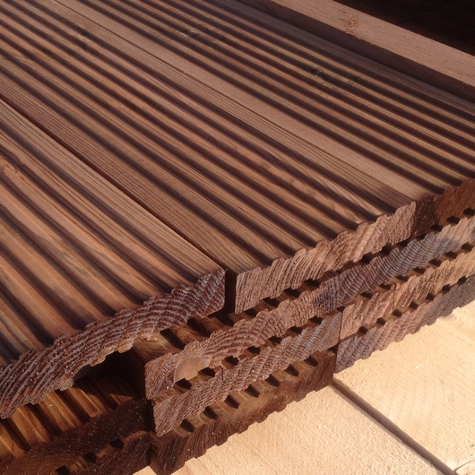 brown-treated-32x150mm-decking-softwood-pefc-1