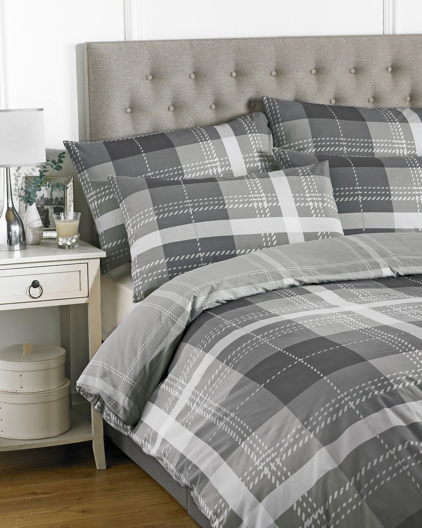 housse de couette taie oreiller literie lit ensembles noir bleu rouge gris ebay. Black Bedroom Furniture Sets. Home Design Ideas