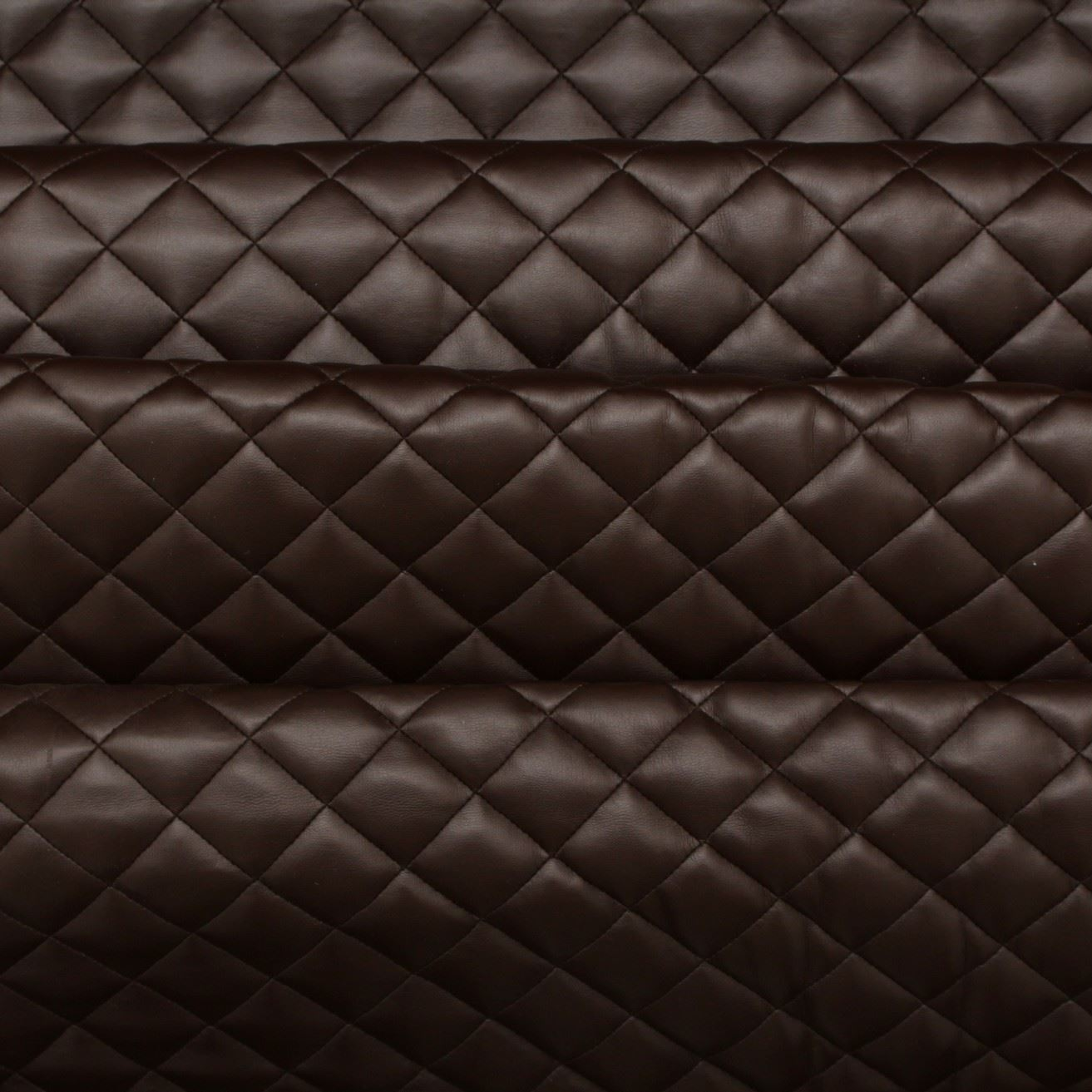 Quilted leather customized interior - AOL Image Search Results : leather quilt - Adamdwight.com