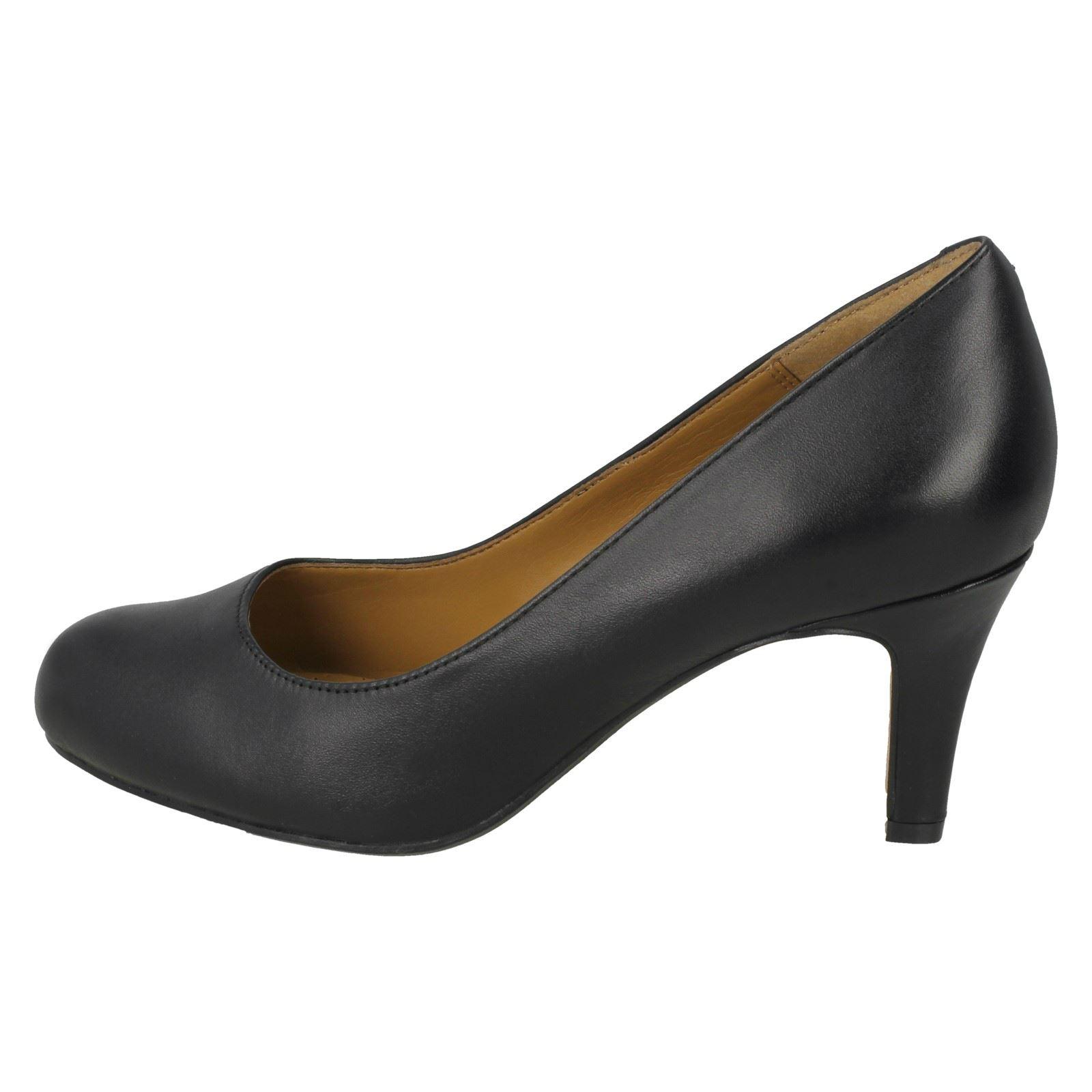 De Mujer Zapatos Clarks Mujer De Zapatos Clarks Salón Salón nqP0xv1HIw