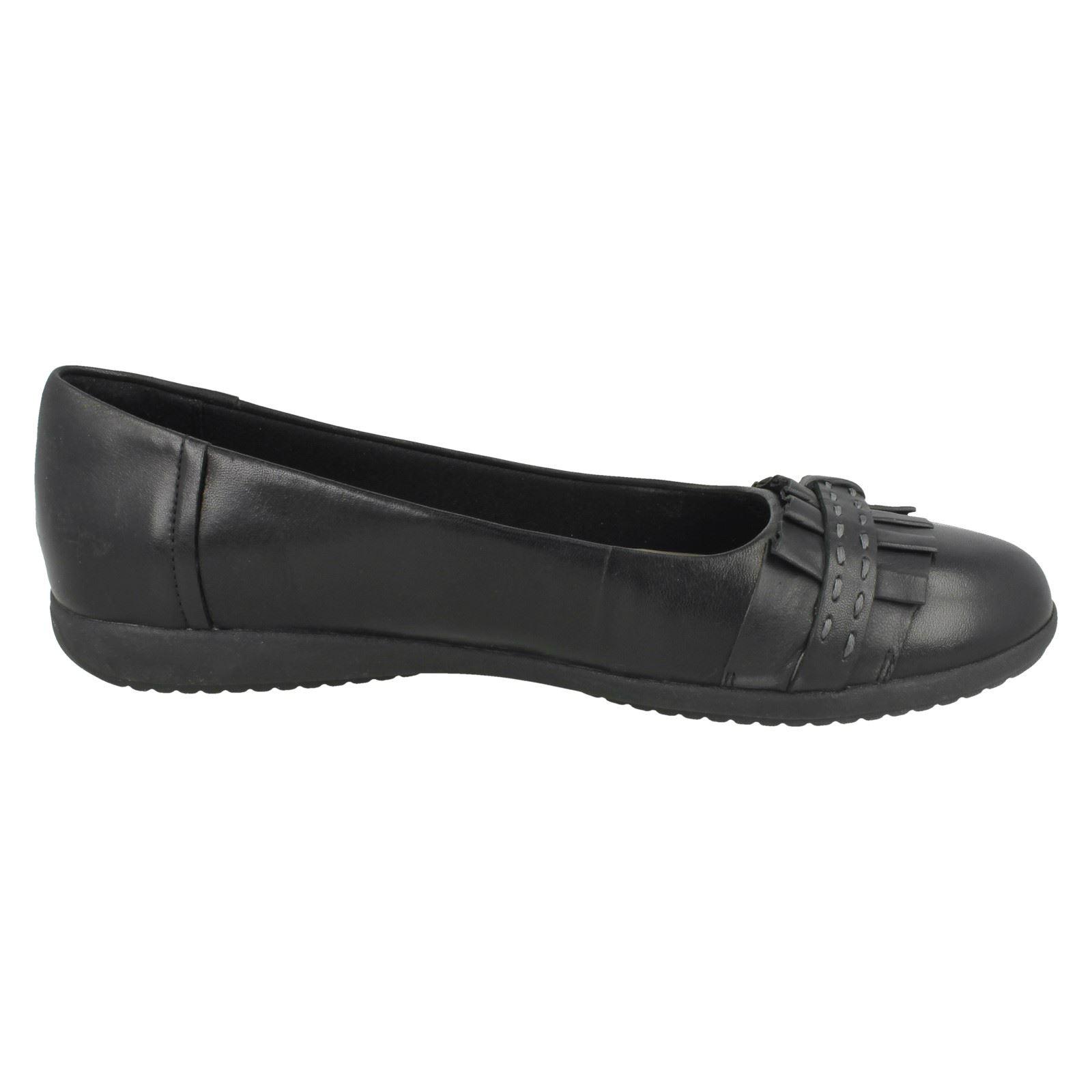Damen Zum Clarks Smart Dolly-Schuhe Zum Damen Reinschlüpfen' Feya Insel ' 811b66