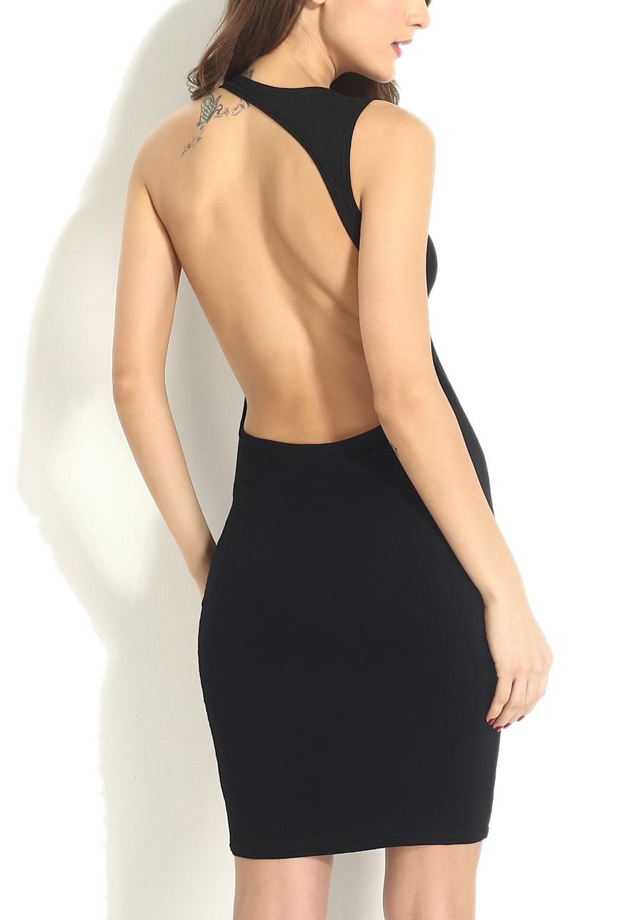 Vestido negro ajustado espalda descubierta