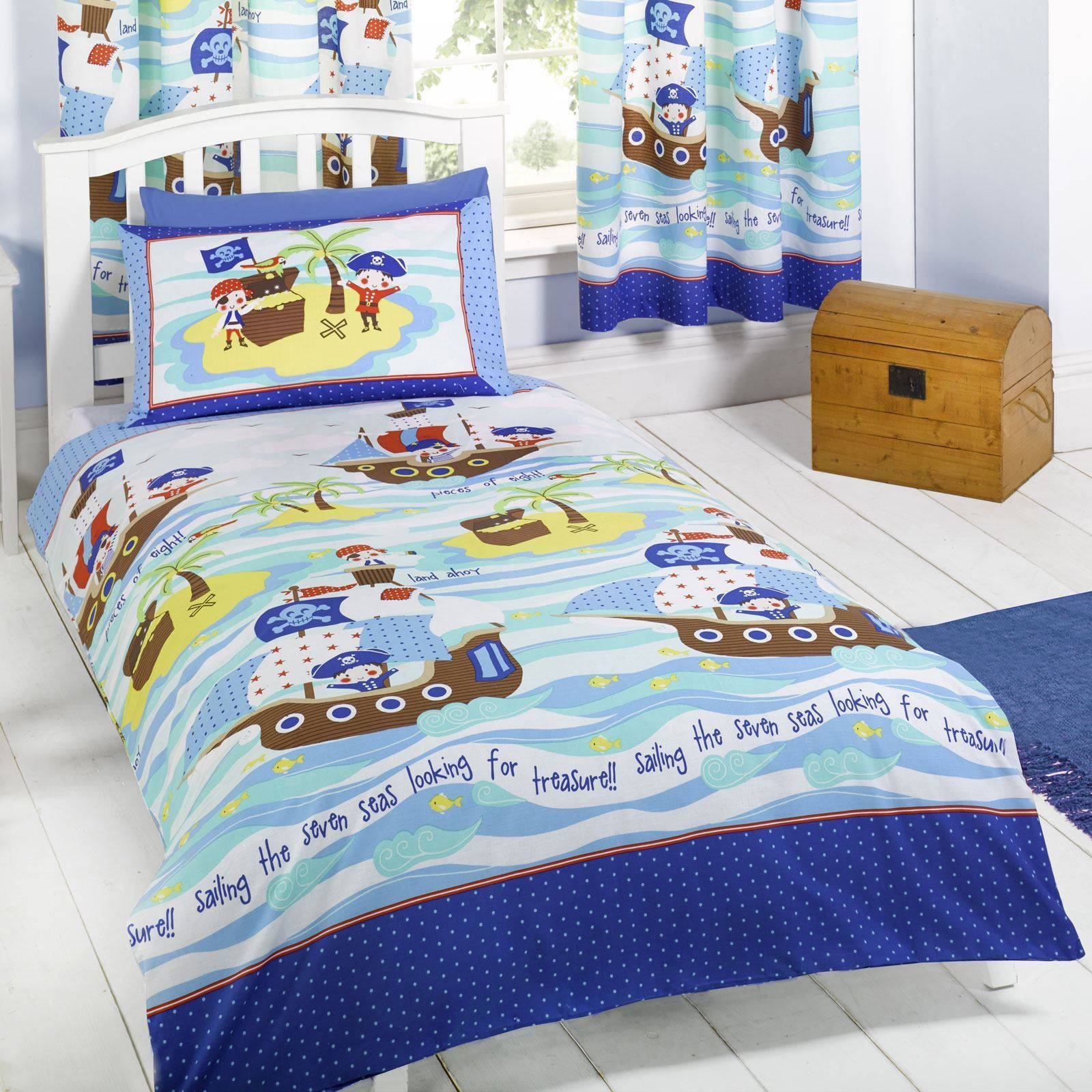 Junior Bed Christmas Duvet Cover