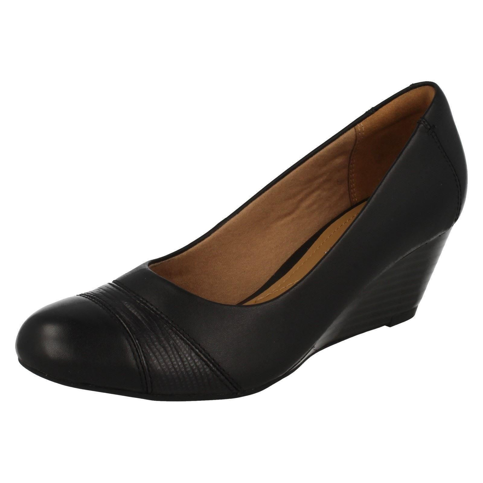 Damen Damen Damen Clarks Keilabsatz Schuhe' Brielle Tacha ' fc2240