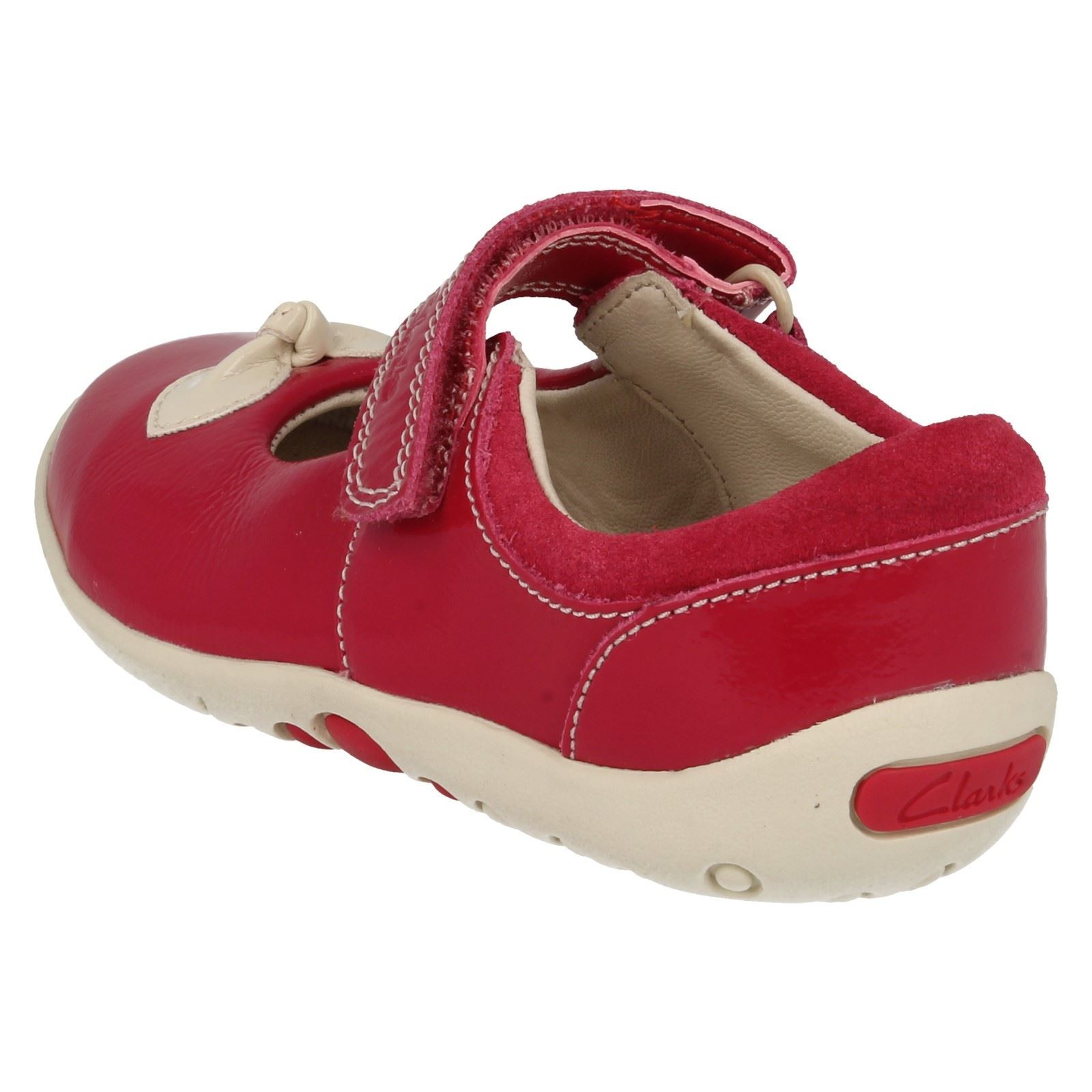 Clarks Chaussures Design Filles Chaussures Avec Clarks Nud Filles Nud Design Avec qgSnwY