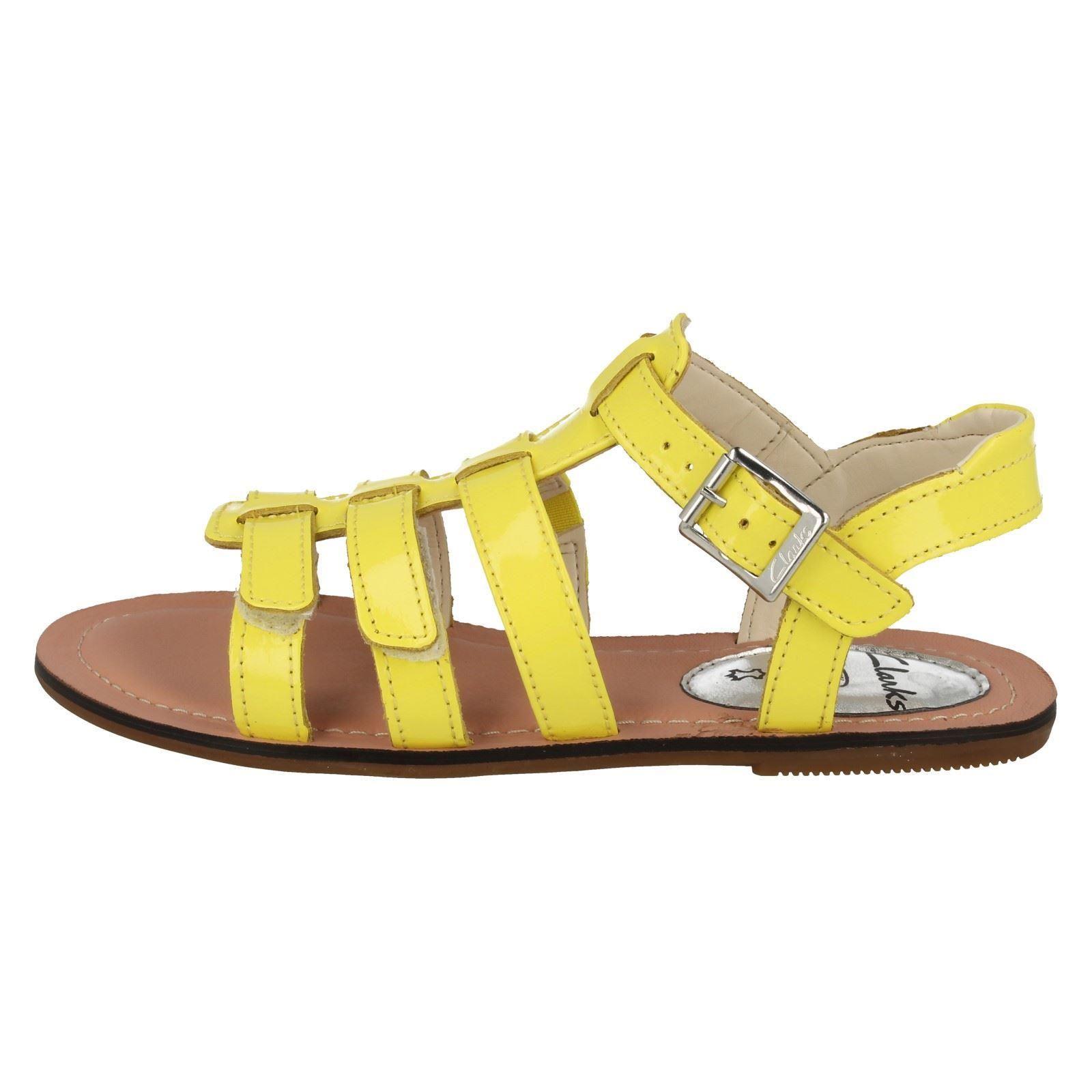 b7c577110eb Girls Clarks Flat Summer Gladiator Sandals