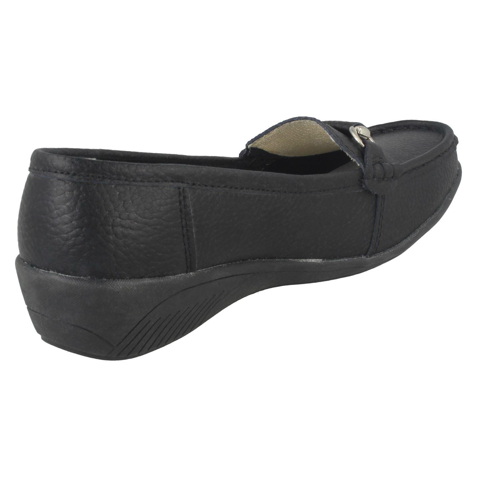 Flat Shoes Ladies Eaze Mocassin Style