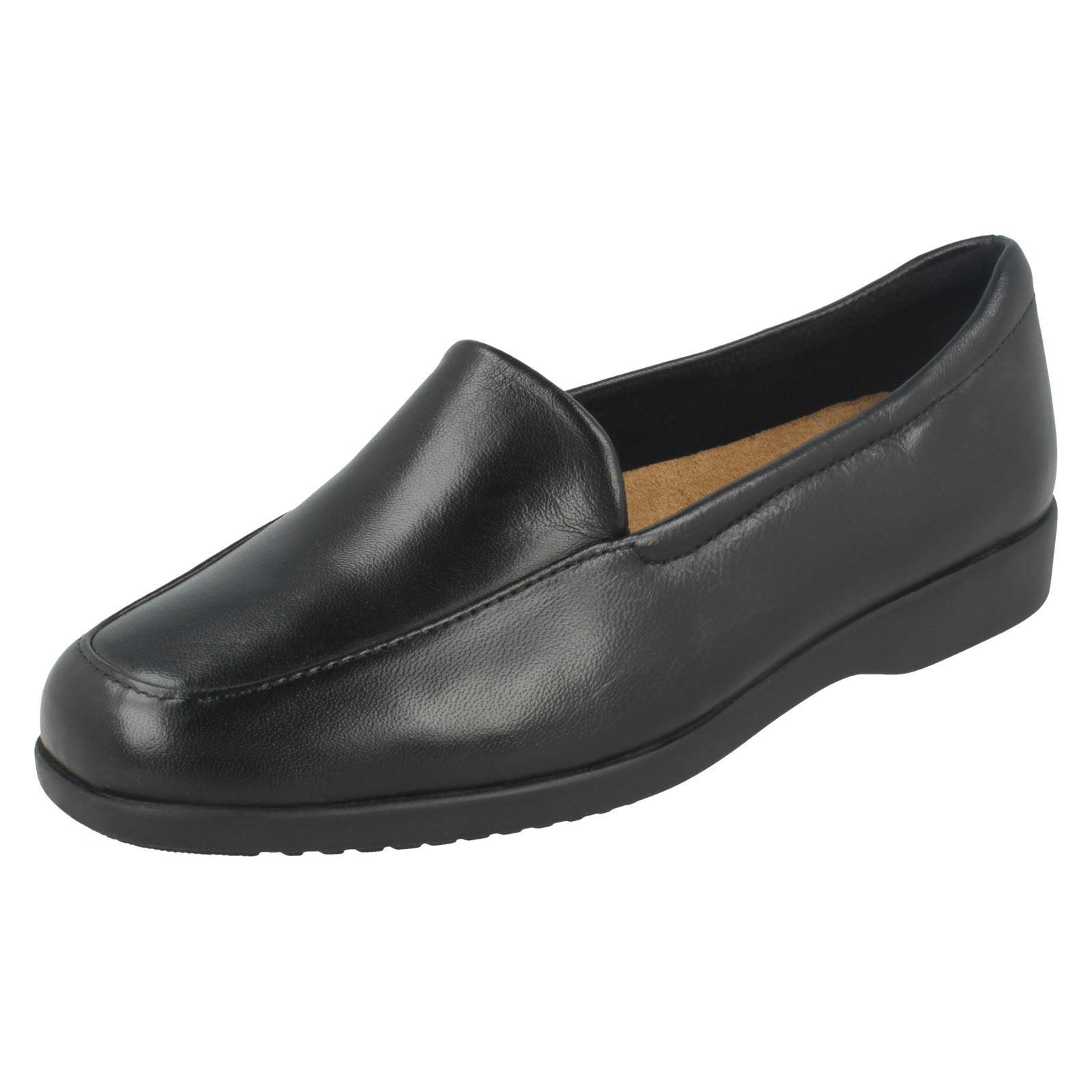 Details zu Damen Clarks Georgia Flache Mokassins Stil Schuhe