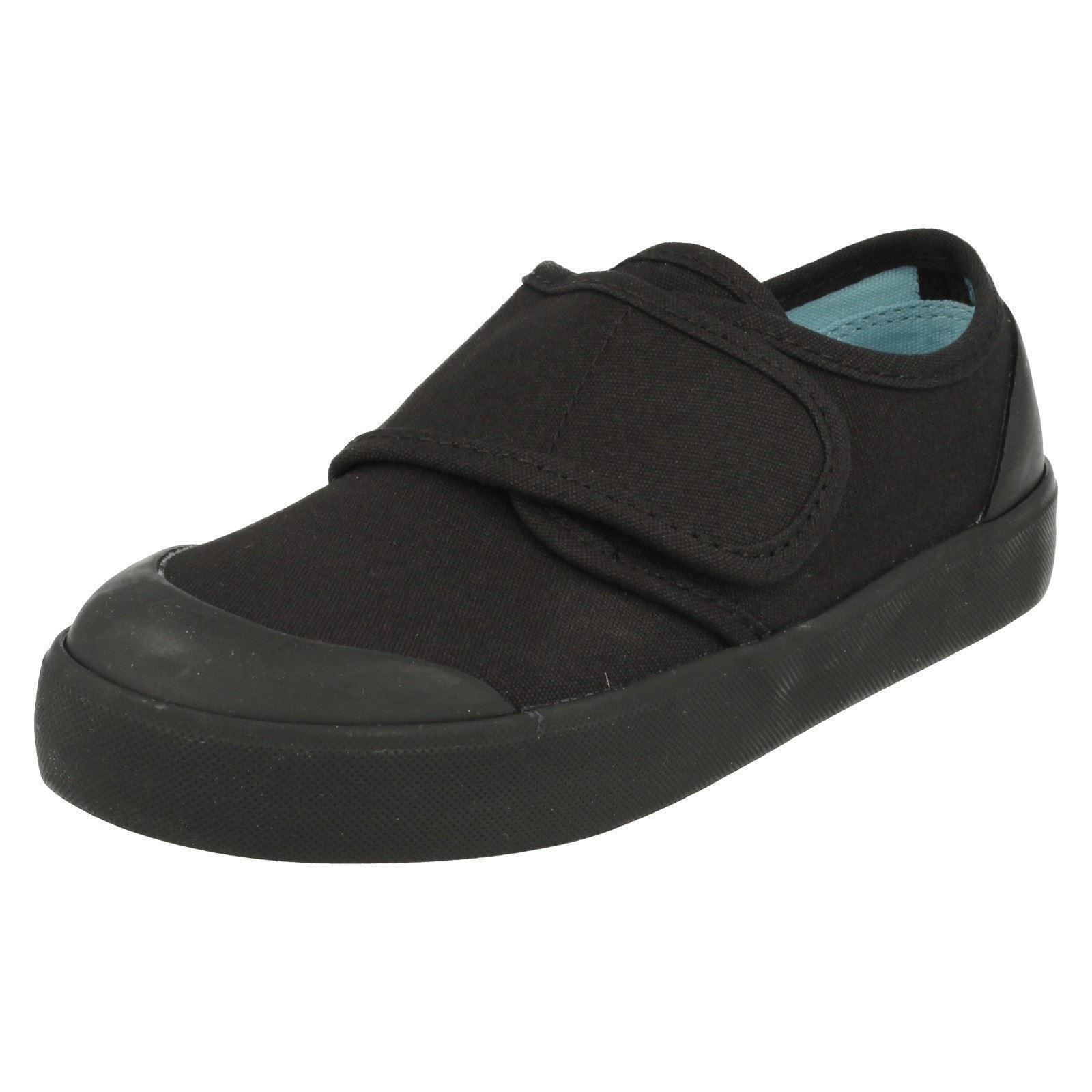 a8ac5d56be8 Unisex Childrens Startrite School PUMPS Skip Black UK 10.5 F. About this  product. Picture 1 of 10  Picture 2 of 10 ...