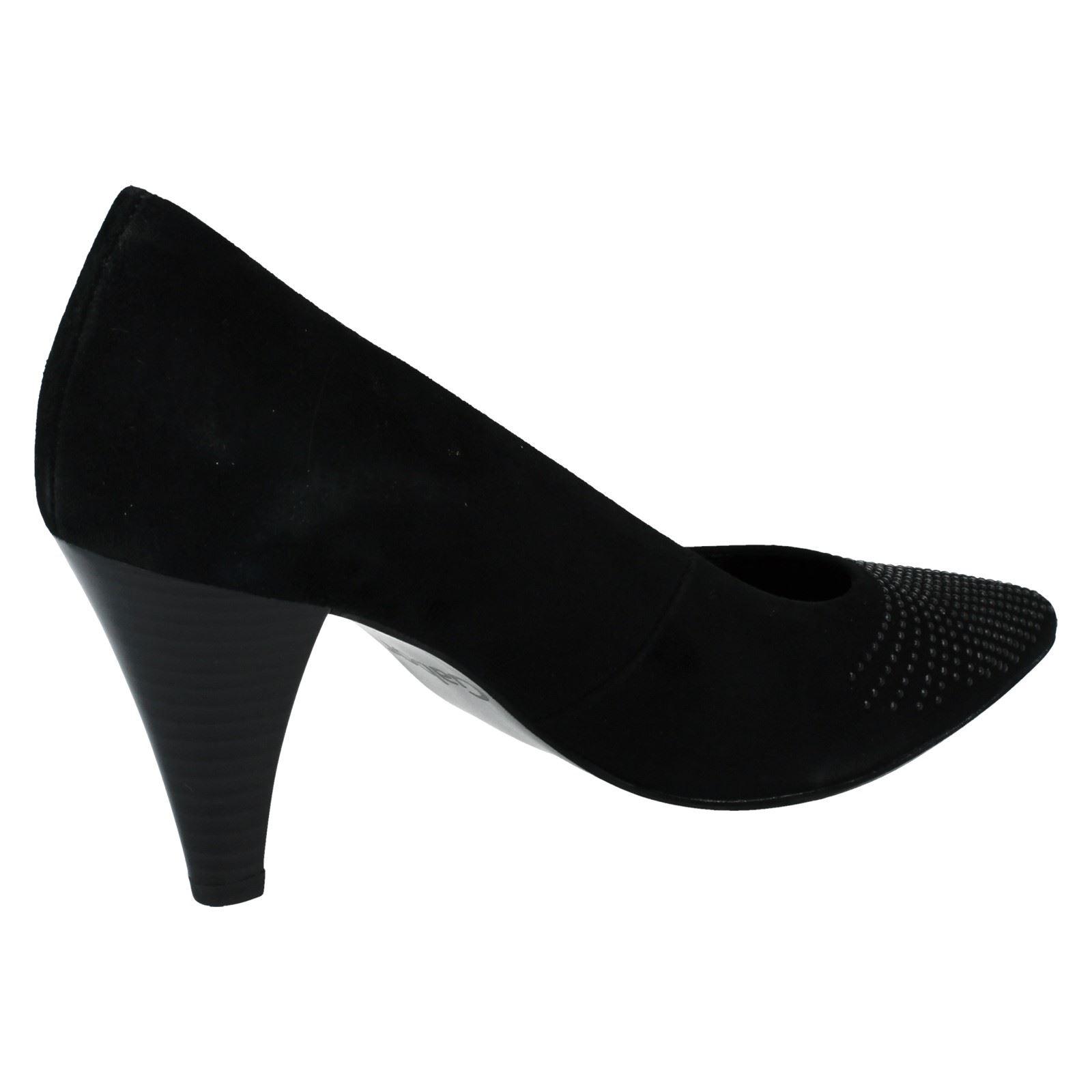 Escarpins noirs en daim Gabor