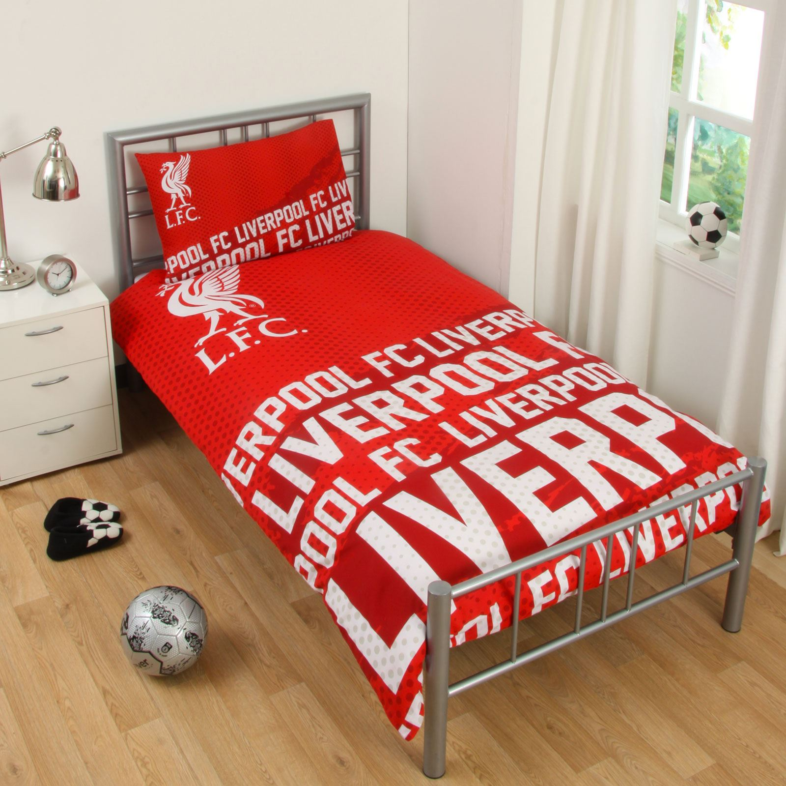 Attirant LIVERPOOL FC SINGLE AND DOUBLE DUVET COVER SETS
