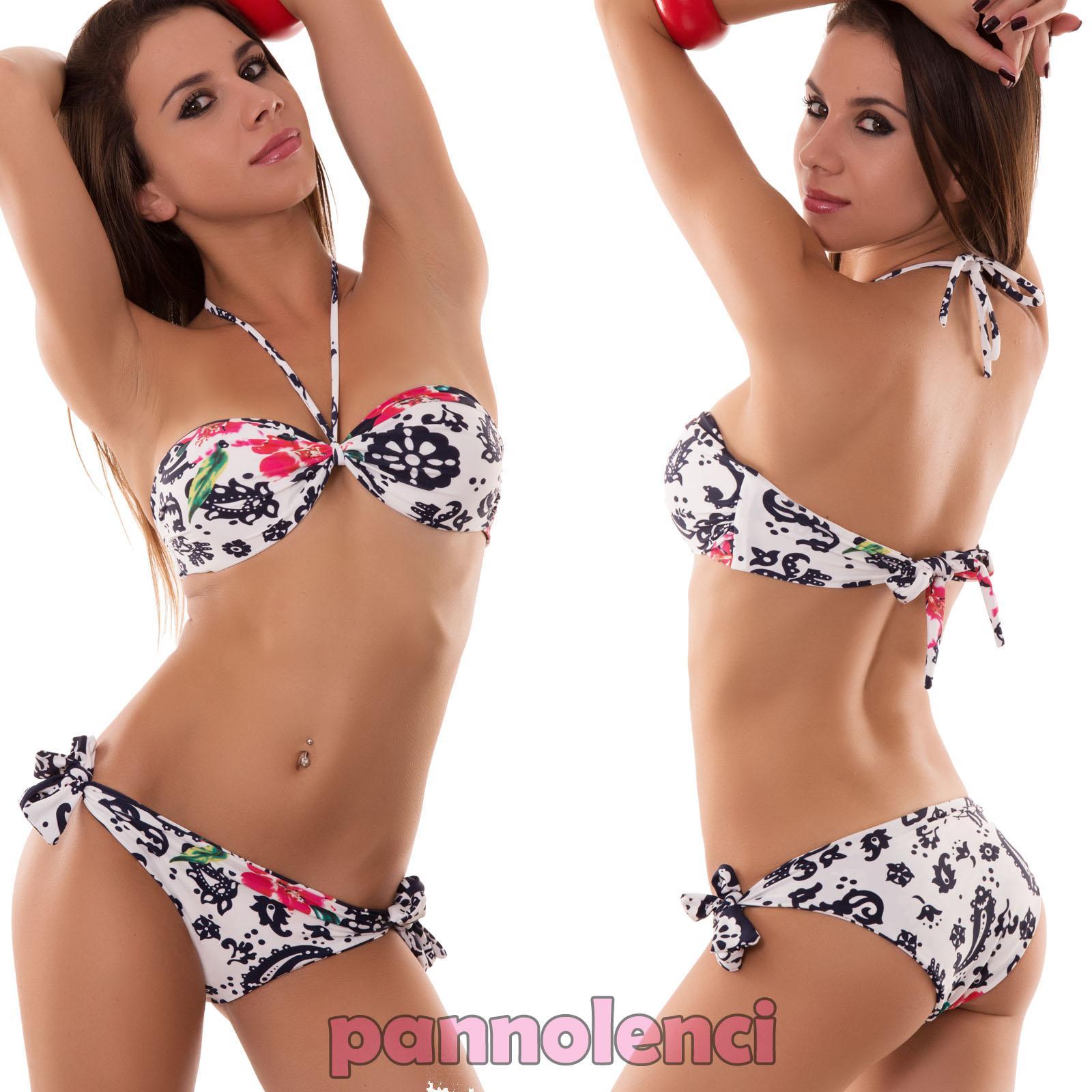 Bande de modèle de bikini
