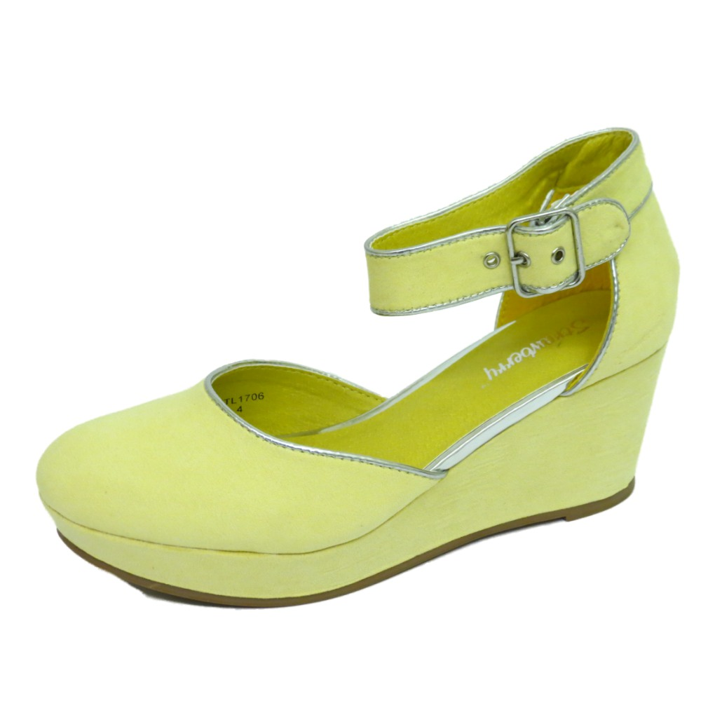 Ladies Yellow Shoes Size