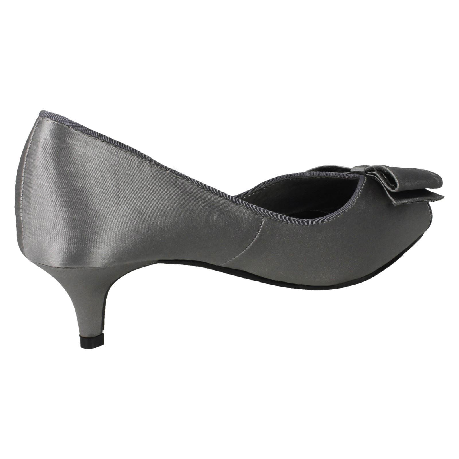 30B Anne Michelle F1R0308 Ladies Purple Satin Peep Toe Court Shoe Kett
