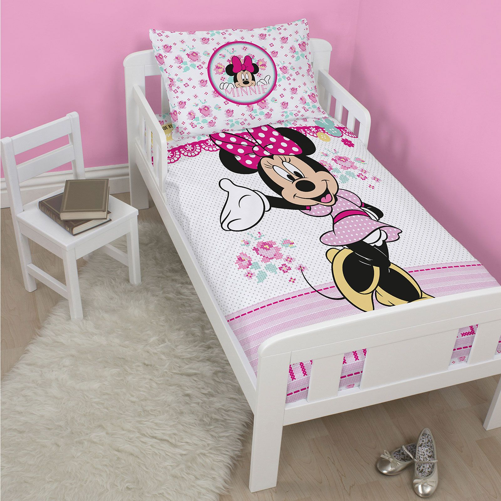 disney personnage junior panneau housse de couette. Black Bedroom Furniture Sets. Home Design Ideas