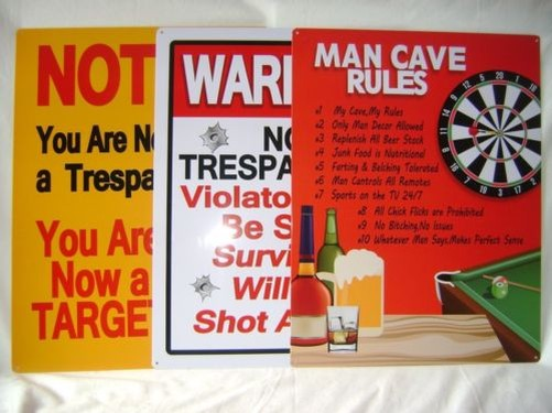 NEW-METAL-PLAQUE-NOVELTY-BEDROOM-43-cm-SIGNS-WARNING-NO-TRESPASSING-MAN-CAVE-PMS