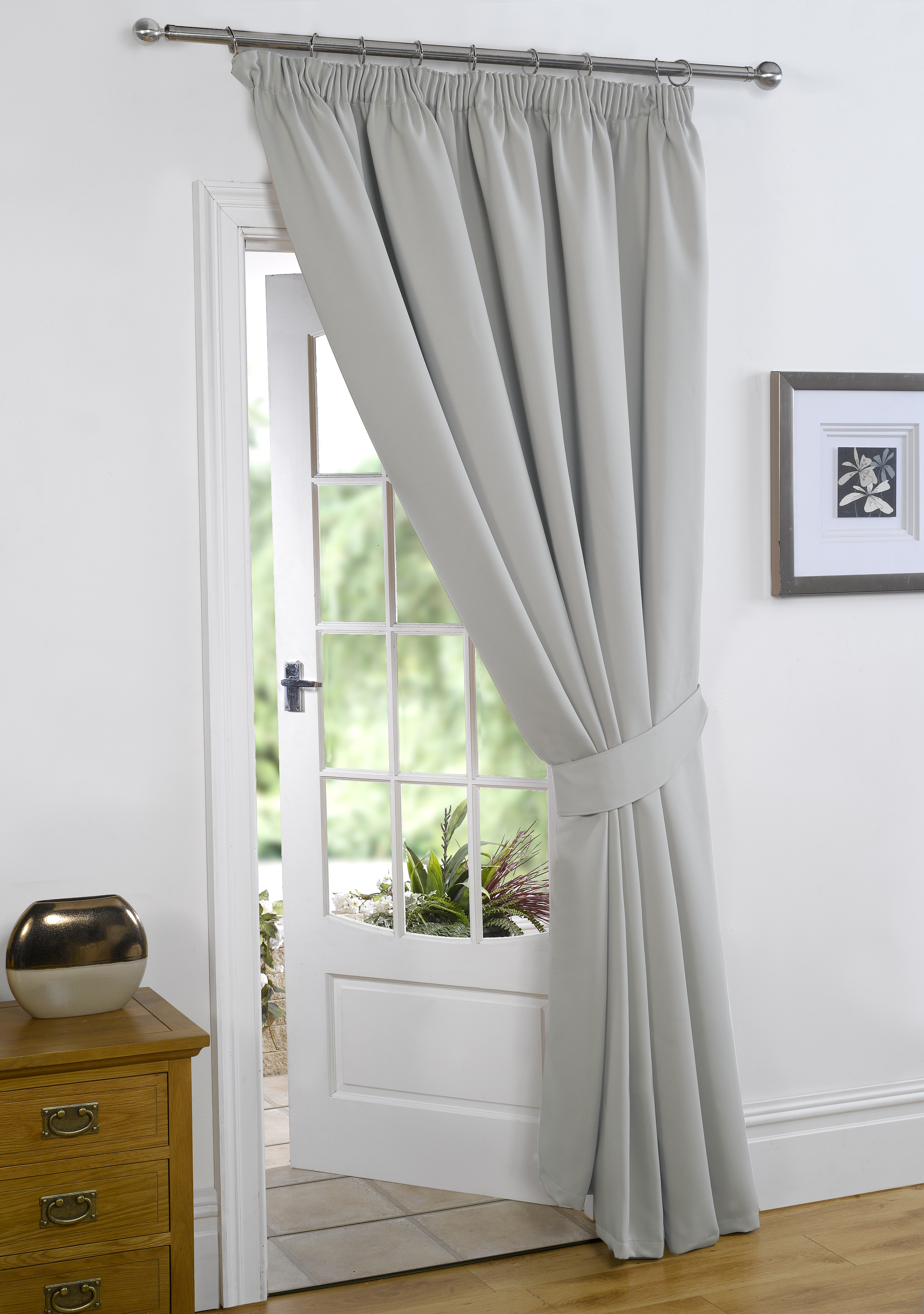 embrasse pour rideau fashion designs. Black Bedroom Furniture Sets. Home Design Ideas