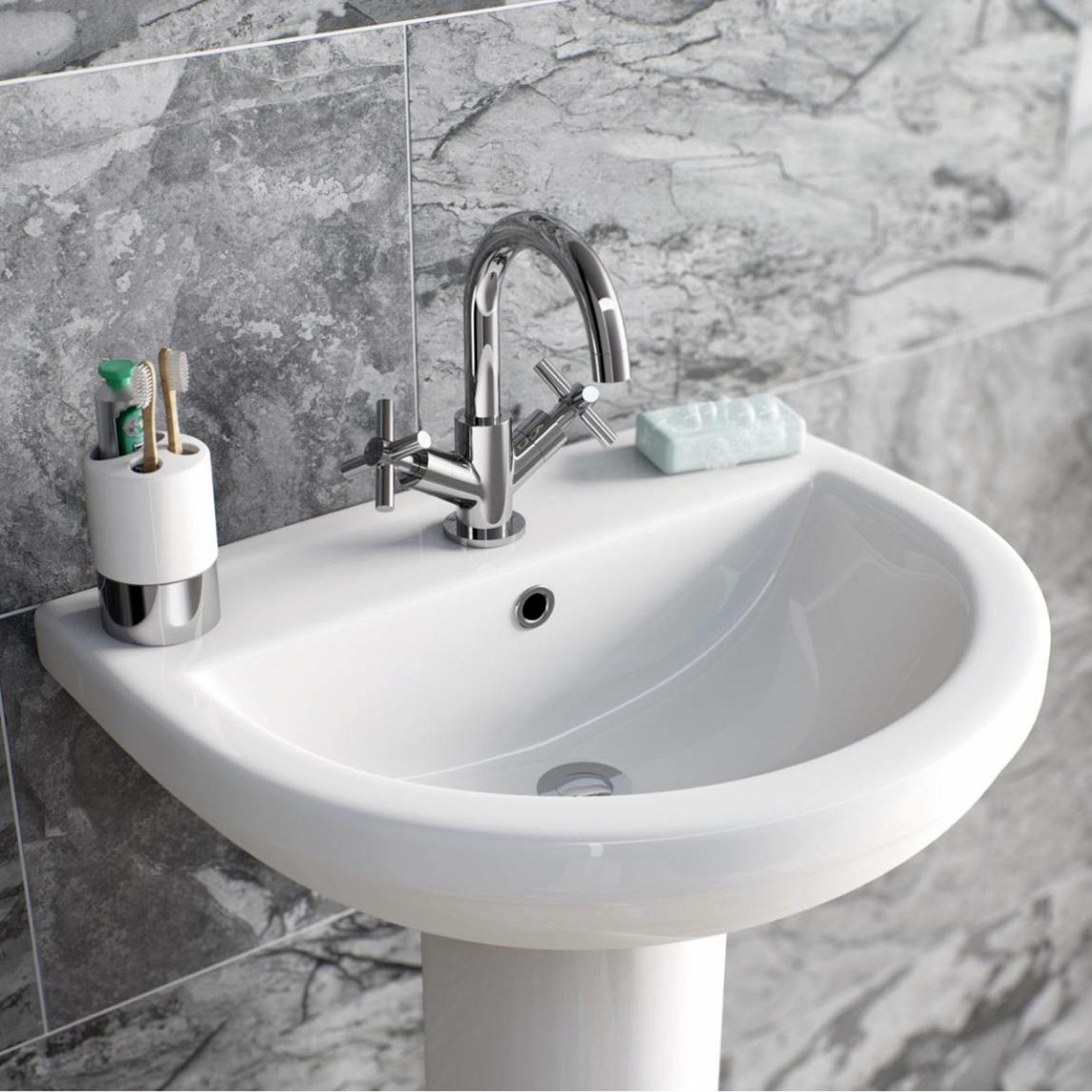 Enki oxford designer r servoir bain douche mixeur lavabo for Acheter crucifix mural