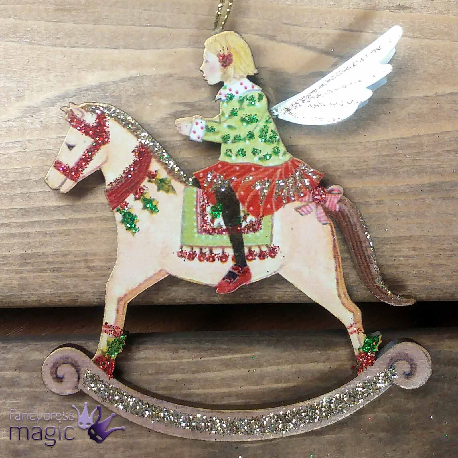 Gisela graham ni o ni a madera caballito balanc n for Amazon decoracion navidad