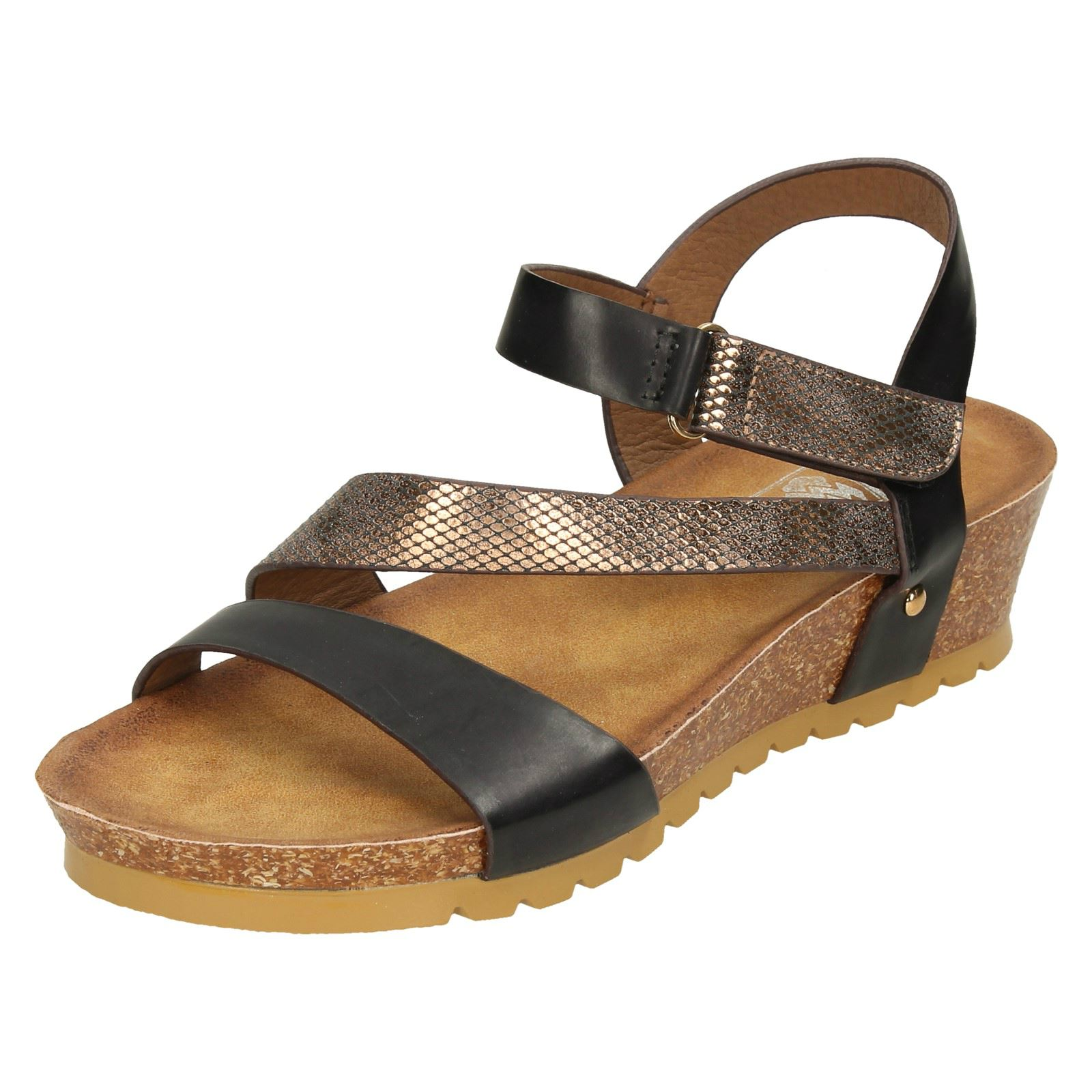 Donna Down To Earth mezza zeppa open toe sandali con cinturino