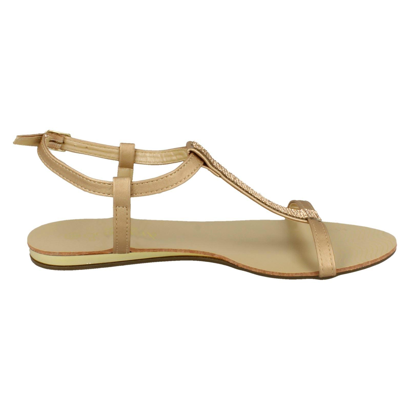 R8B Savannah F0R818 Gold Ladies T Bar Sandals