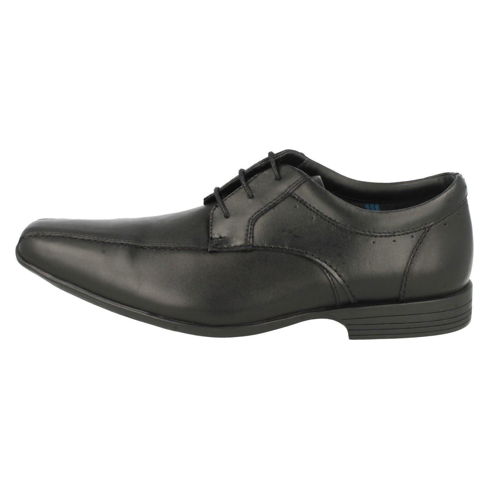 Herren Clarks Förmliche Schuhe über 'Forbes über Schuhe ' 23b0f8