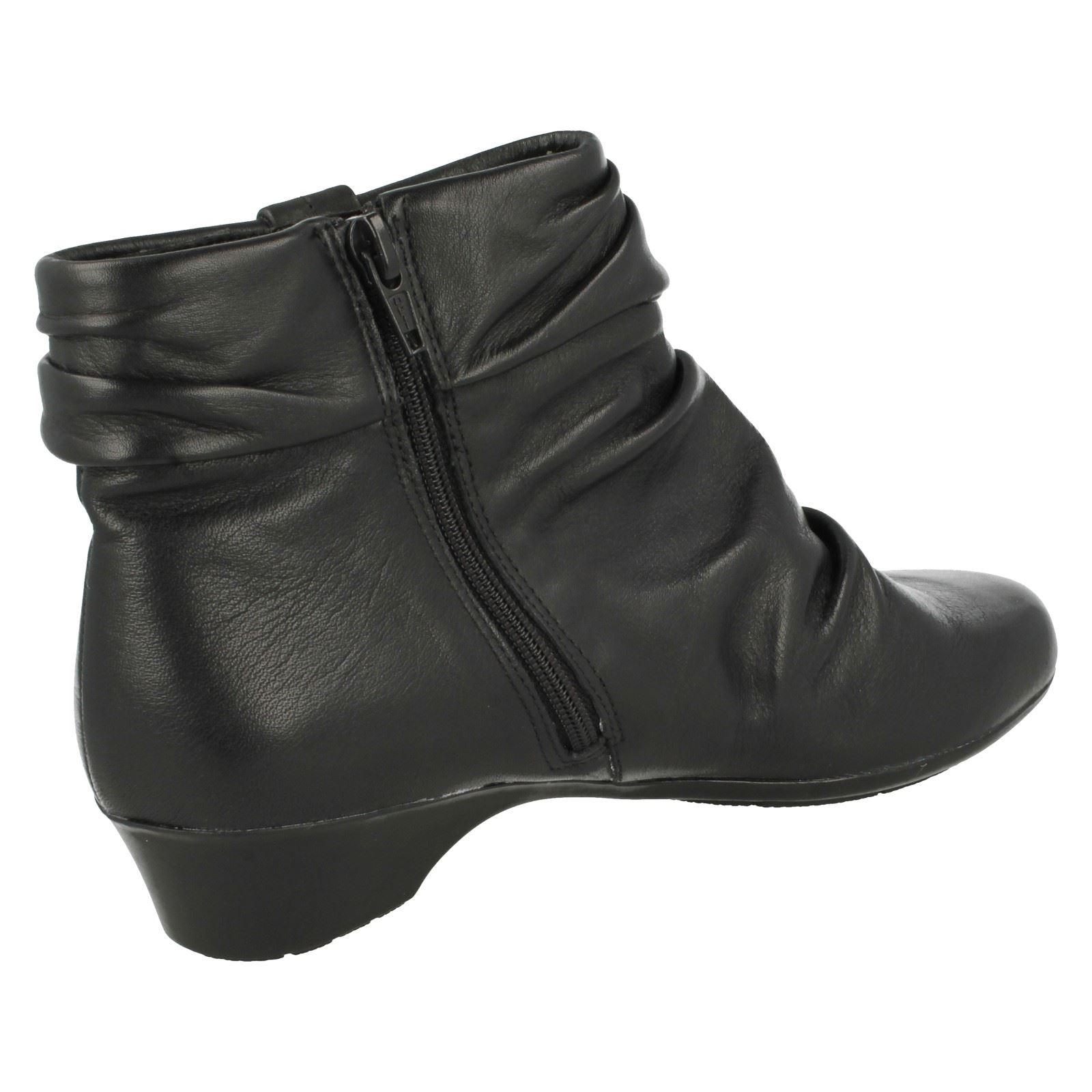 Da Donna Donna Donna K da Clarks Stivali Caviglia Matron Ella | Di Qualità Superiore  | Maschio/Ragazze Scarpa  d7b937