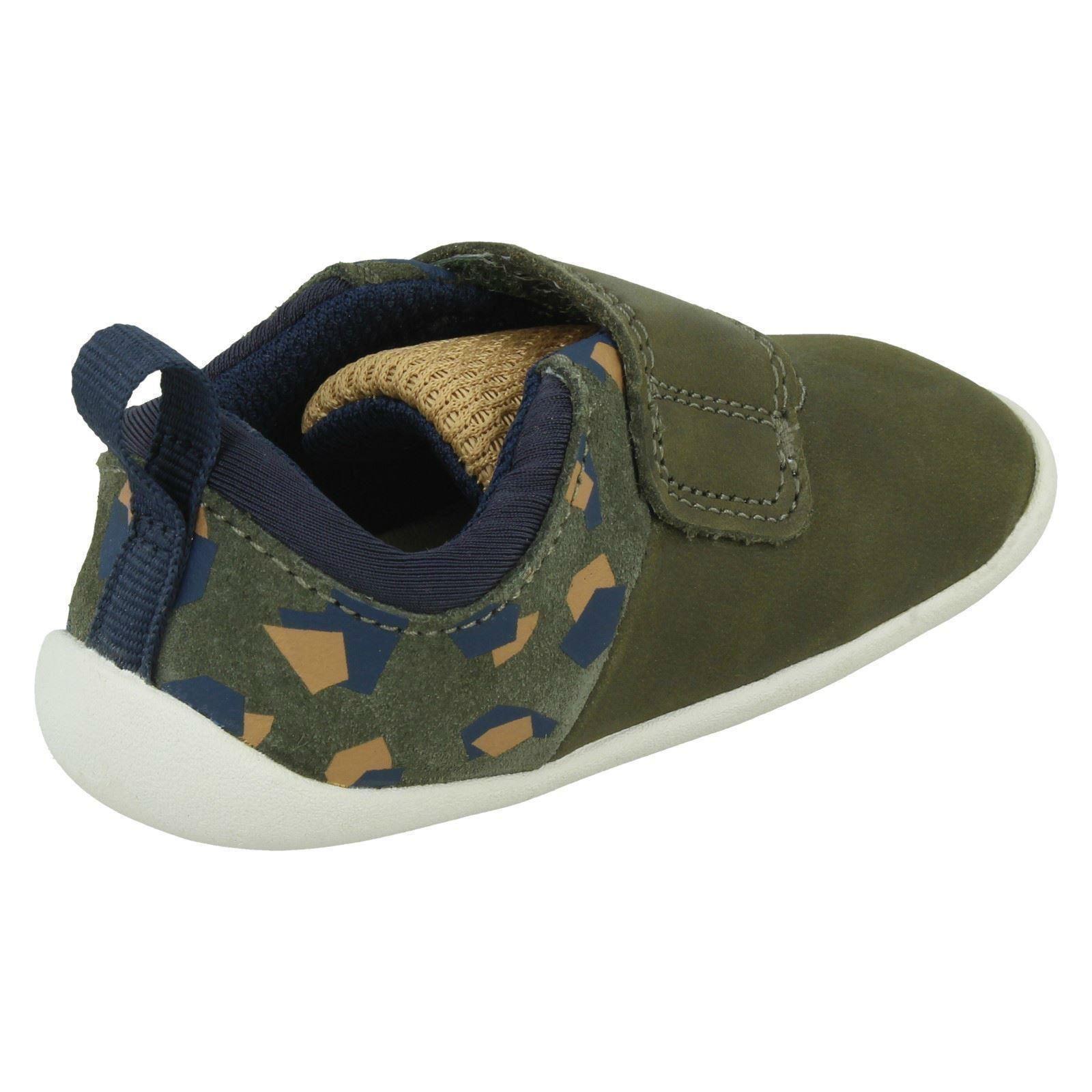 Childrens Clarks Hook /& Loop Shoes Roamer Sport