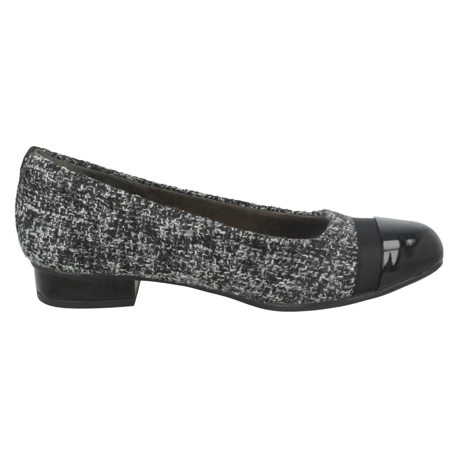 Mujer-Clarks-Elegante-Bailarina-Deslizable-Estilo-Zapatillas-039-Keesha-Rosa-039