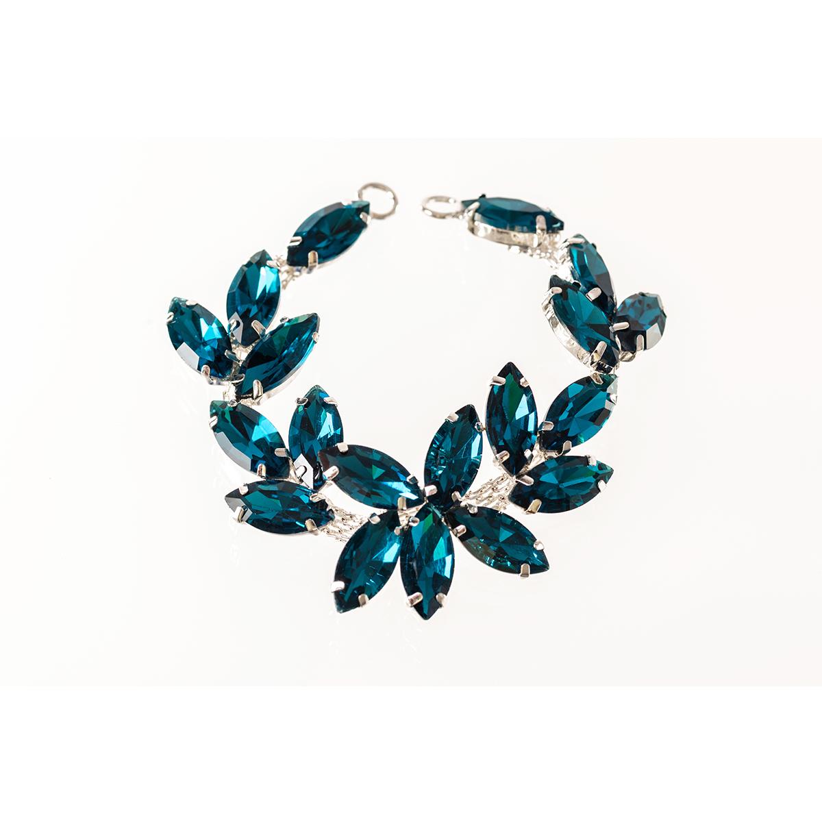 Rhinestone-Diamante-Motif-Applique-Sew-on-Crystal-Patch-for-Wedding-Bridal-Dress thumbnail 35