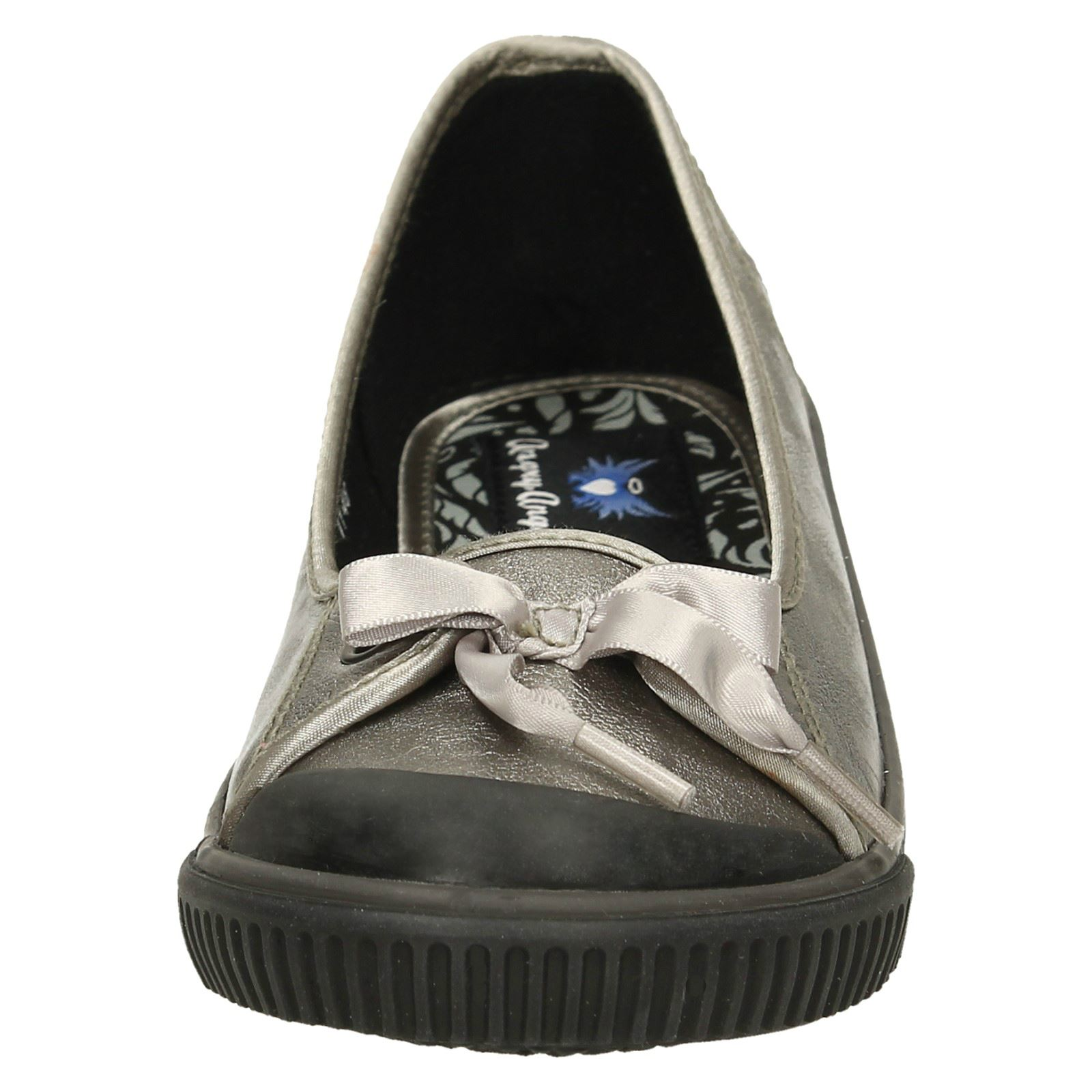 Girls-Startrite-Angry-Angel-Casual-Flat-Pumps-039-Diva-039 thumbnail 18