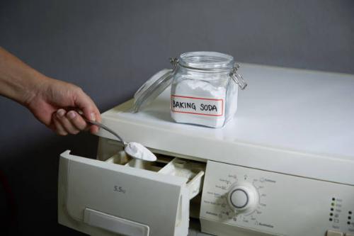 L'utilisation du vinaigre ménager et du bicarbonate de soude pour l'électroménager