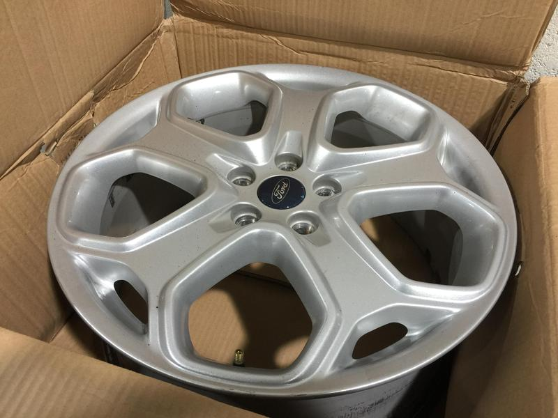 Genuine Ford Focus Zetec S Alloy Wheels 4x In Newport Isle Of Wight