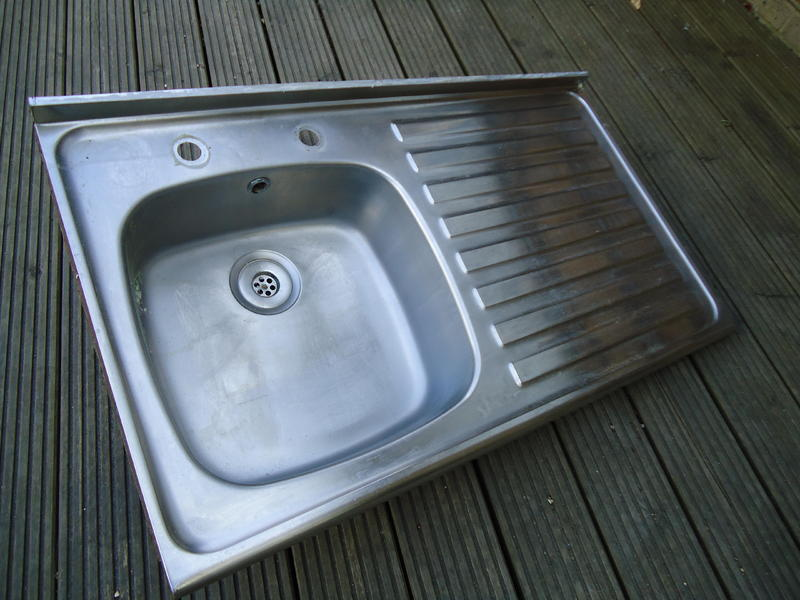 ss sit on sink & pillar taps - Ryde - Expired | Wightbay