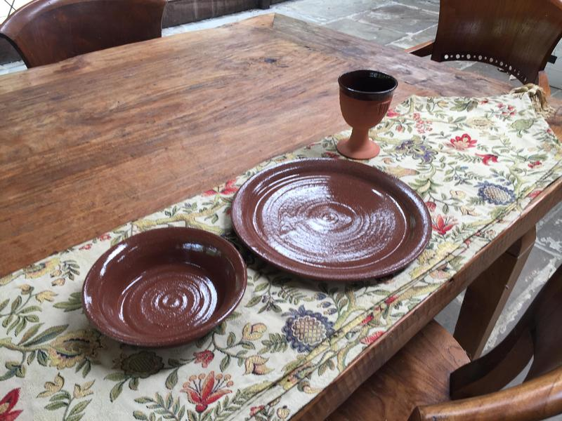 Brown pottery plates bowls goblets medieval feast - Newport - Expired | Wightbay & Brown pottery plates bowls goblets medieval feast - Newport ...