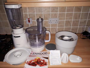 Food processors and mixers for sale in isle of wight wightbay kenwood food processor with all accessories and book in newport isle of wight forumfinder Images