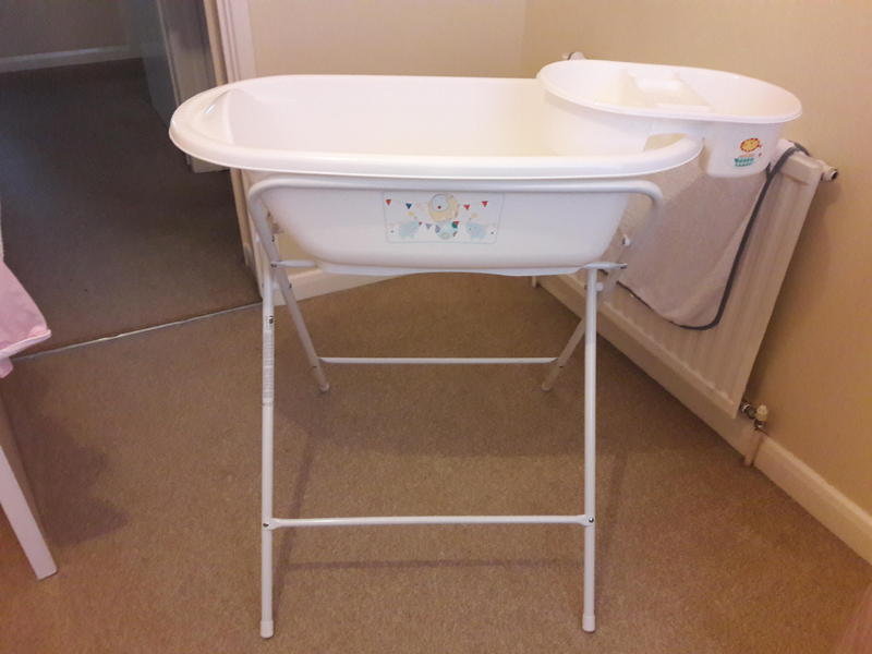 Baby bath with stand - Ryde - Expired | Wightbay
