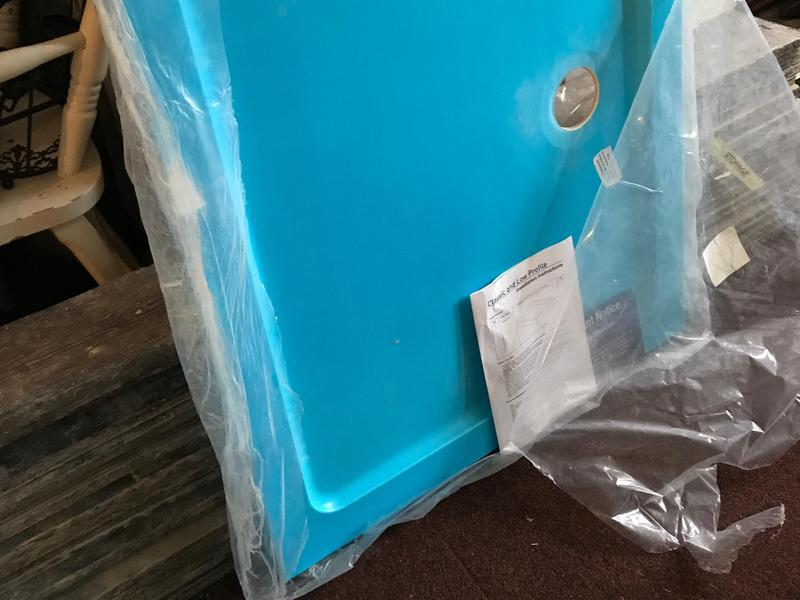 White Shower tray for sale - Ventnor | Wightbay
