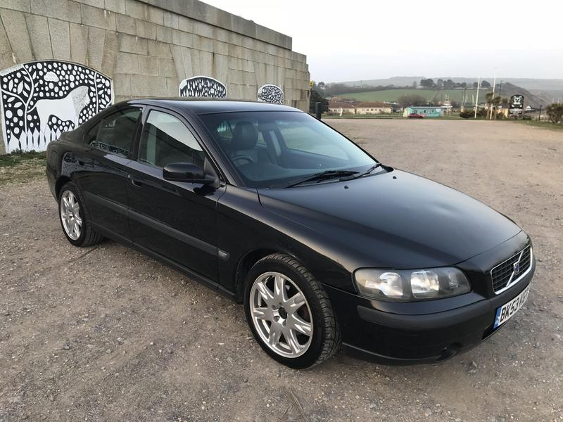 2003 volvo s60 2 4 d5 turbo diesel saloon in ventnor wightbay. Black Bedroom Furniture Sets. Home Design Ideas