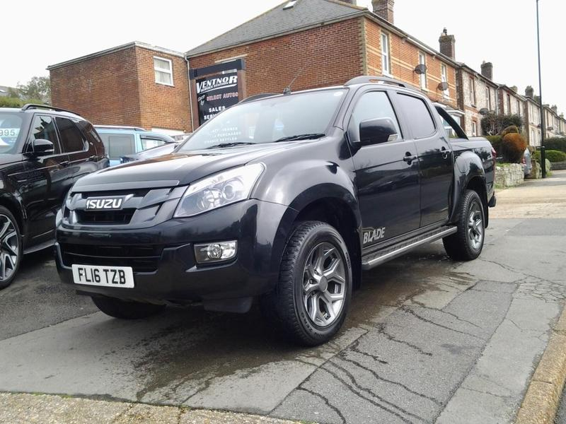 2016 isuzu d max 2 5td 161bhp 4x4 auto venetian red blade in ventnor wightbay. Black Bedroom Furniture Sets. Home Design Ideas