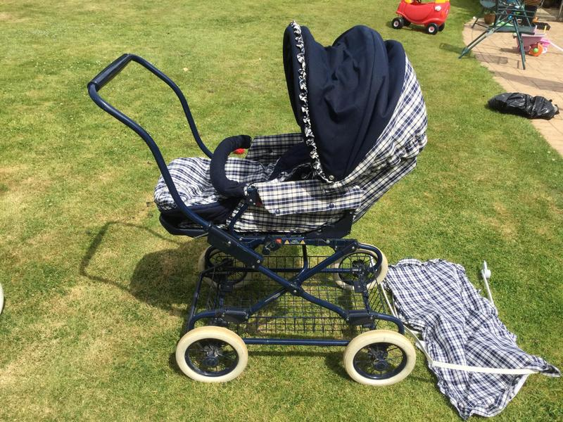 8ebbf7bb3a92 Britax pushchair - Ryde