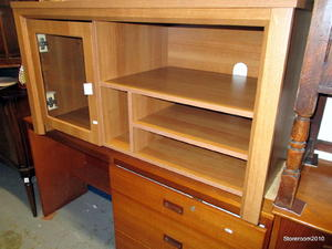 TV Unit £35 in Cowes